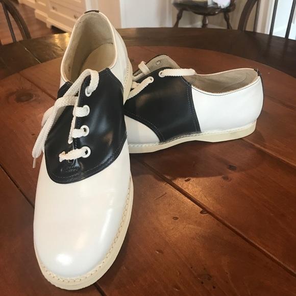b3902f1745f ... shoes- hardly worn! M 5ad6355ea4c4853932d0c512
